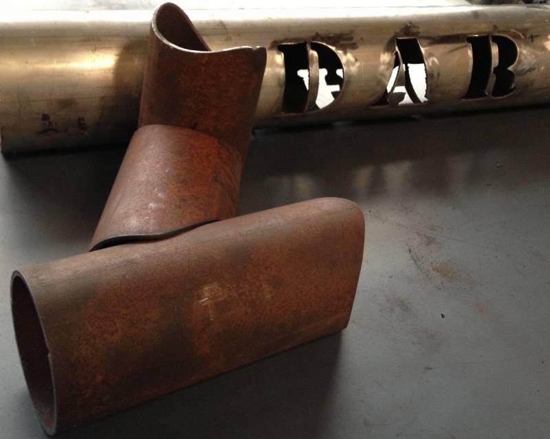 D coupe plasma sur support cylindrique sur acier inox ou for Decoupe inox sur mesure