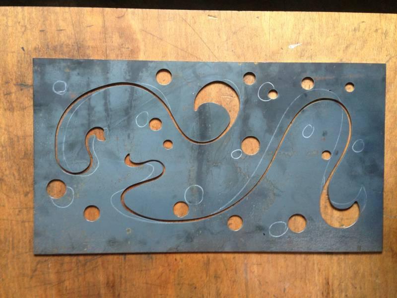 D coupe de panneaux d coratifs en acier mobilier sur for Decoupe inox sur mesure