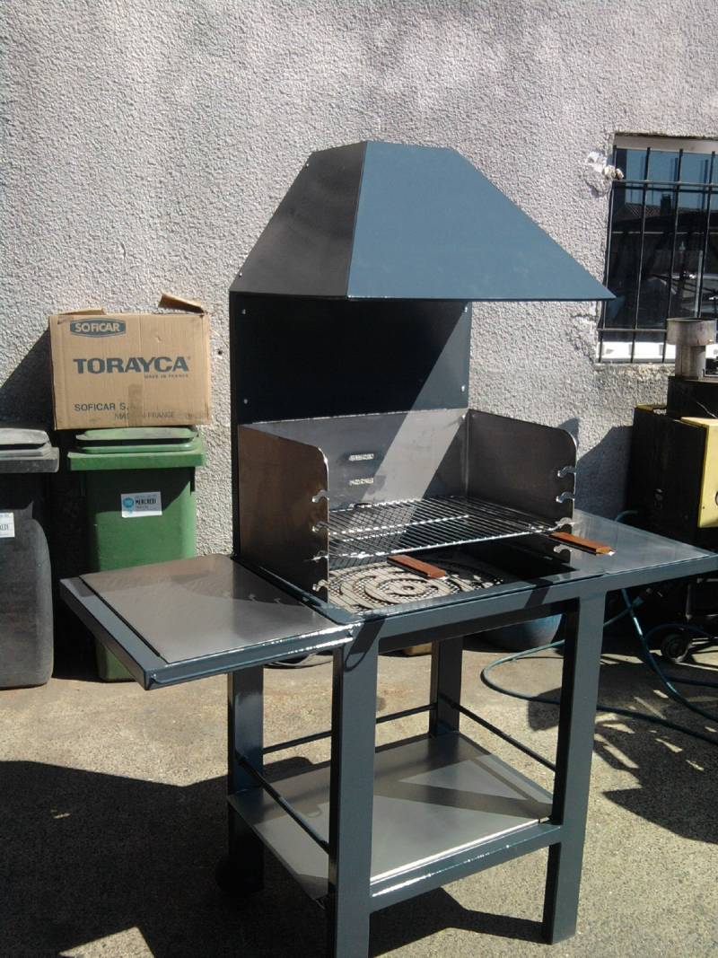 R alisation de barbecue sur mesure bordeaux d a r for Fabrication d un barbecue en pierre